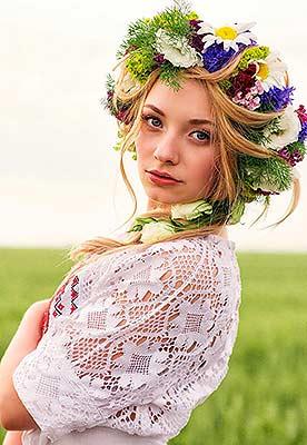 Ukraine bride  Elizaveta 22 y.o. from Dnepropetrovsk, ID 82592