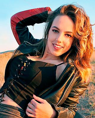 Russia bride  Anna 25 y.o. from Feodosia, ID 47965