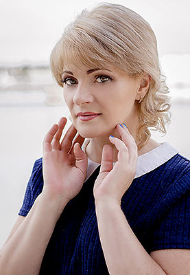 Ukraine bride  Nina 44 y.o. from Nikolaev, ID 82240