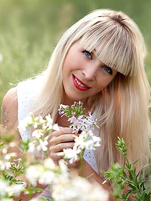 Ukraine bride  Viktoriya 34 y.o. from Lugansk, ID 83140
