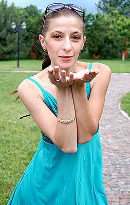 Ukraine bride  Ol'ga 28 y.o. from Mariupol, ID 70127