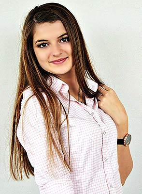 Ukraine bride  Viktoriya 18 y.o. from Zaporozhye, ID 84415