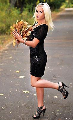Ukraine bride  Viktoriya 23 y.o. from Nikolaev, ID 78270