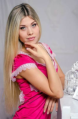 Ukraine bride  Ol'ga 24 y.o. from Nikolaev, ID 84381