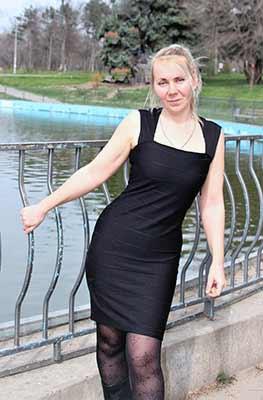 Ukraine bride  Elena 40 y.o. from Odessa, ID 83031