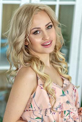 Ukraine bride  Ekaterina 30 y.o. from Odessa, ID 77273