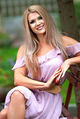 Ukraine bride  Viktoriya 42 y.o. from Odessa, ID 82812