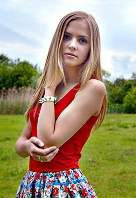 Ukraine bride  Viktoriya 19 y.o. from Odessa, ID 85957