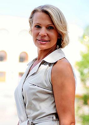 Russia bride  Svetlana 53 y.o. from Vladivostok, ID 77943